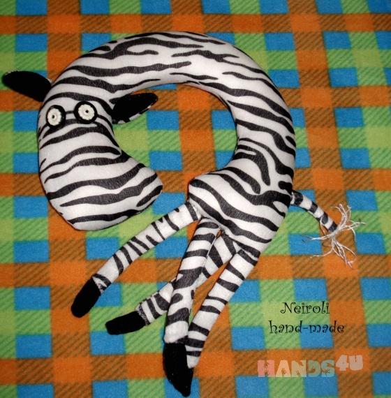 Купить Дорожные подушки Зебра Ефросинья и Жираф Иннокентий, Куклы и игрушки ручной работы. Мастер Юлия Карнаух (Neiroli) . игрушка жираф