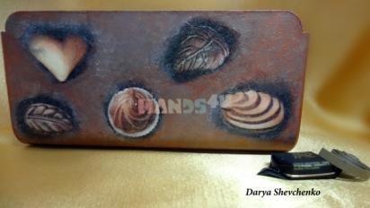 Мастер-класс по созданию «шоколадной» коробочки в технике декупаж.