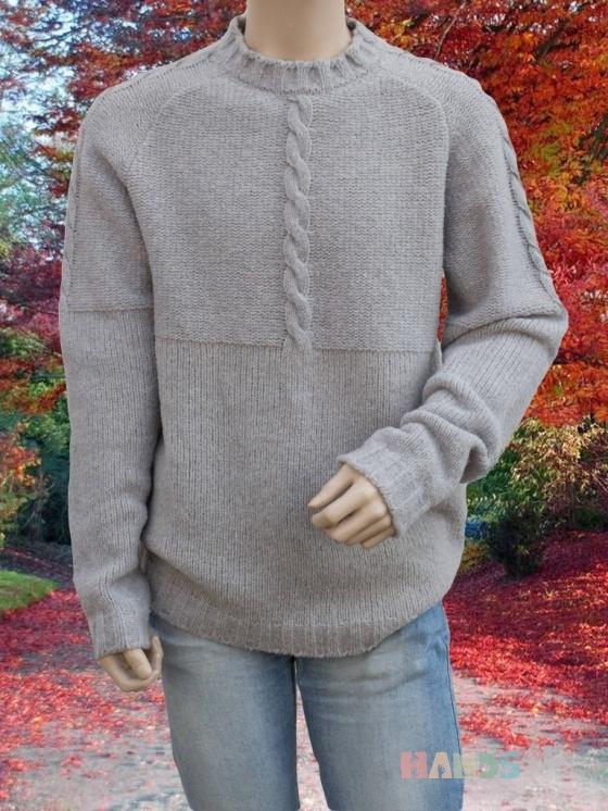 Купить Мужской однотонный свитер крупной вязки с косами, Свитера, Для мужчин, Одежда ручной работы. Мастер Владимир  (Skiff) . мужской свитер