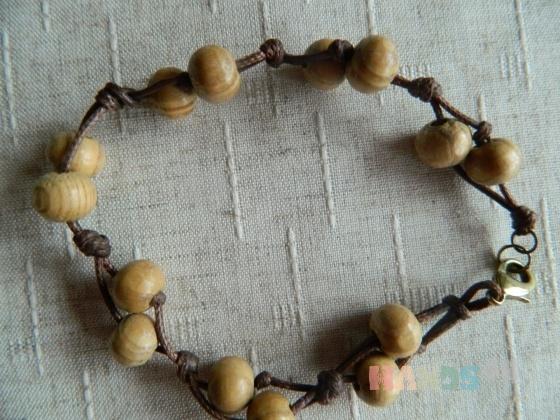 Купить Браслет из дерева (2), Деревянные, Браслеты, Украшения ручной работы. Мастер Людмила  (Mila-L) . бусины деревянные