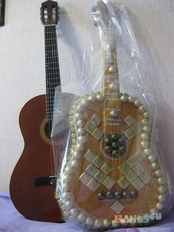 Купить Шоколадная гитара, Подарки к праздникам ручной работы. Мастер Галина Подкорытова (Podkorytova) . из конфет