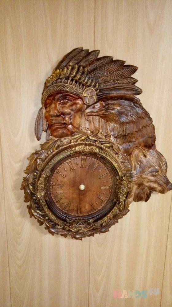 Купить Индеец и лиса, Для дома и интерьера ручной работы. Мастер Вячеслав Есин (Slav) . большие настенные часы