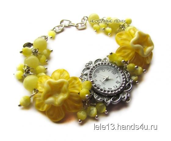 Купить Жёлтые нарциссы наручные часы с бусинами лэмпворк, Часы, Украшения ручной работы. Мастер Нескучные вещи  (lele13) . часы