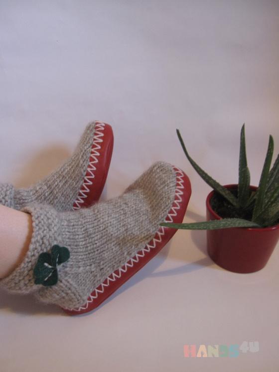 Купить Вязанные носки сапожки цвет серый, Домашние тапочки, Обувь ручной работы. Мастер   (natihands4u) .