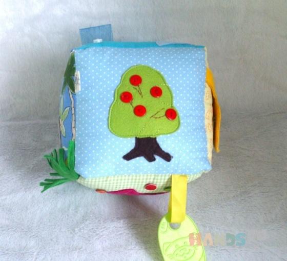 Купить Развивающий кубик простой, Развивающие игрушки, Куклы и игрушки ручной работы. Мастер Полина Беляева (PolinaFyrtad) . кубик