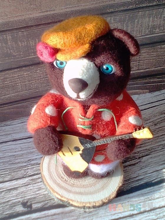 Купить Интерьерная игрушка из шерсти Мишель Потапыч, Войлочные, Коллекционные куклы, Куклы и игрушки ручной работы. Мастер irma  (irmatan) . авторский мишка