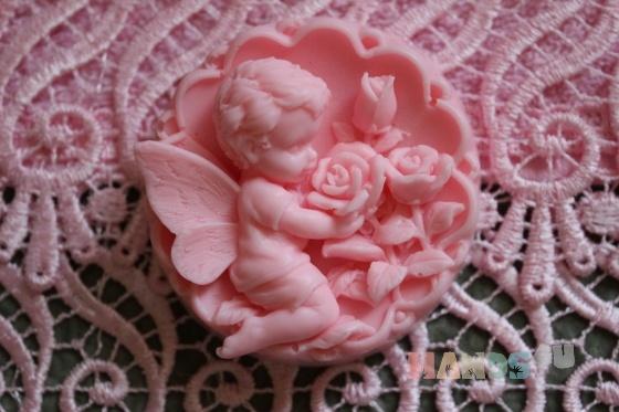 Купить ангелочек с розами, Мыло, Косметика ручной работы. Мастер Юлия П (doggy82) . авторское мыло