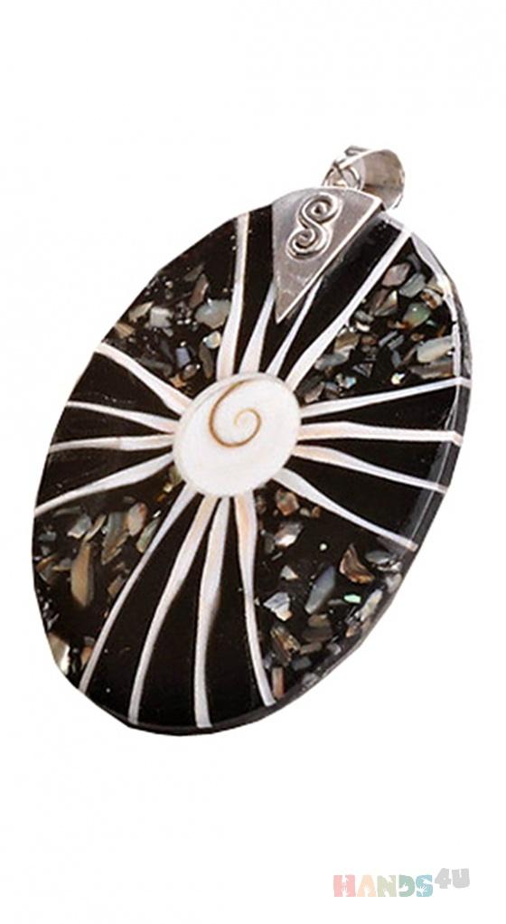 Купить Кулон из серебра с натуральной раковины, Поделочные камни, Камни и жемчуг, Кулоны, подвески, Украшения ручной работы. Мастер Ольга Кондратенко (liska) .