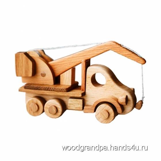 Купить Машинка кран с магнитом (игрушка грузовик автокран), Работы для детей ручной работы. Мастер Игорь Попопв (WoodGrandpa) .