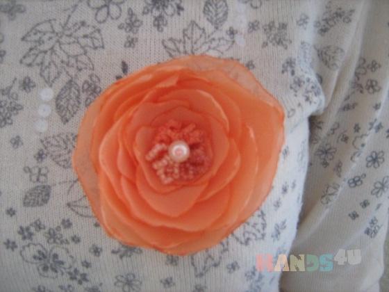 Купить Брошь заколка для волос цветок Персиковый, Текстильные, Броши, Украшения ручной работы. Мастер Олеся Bur (olesandra13) . брошь