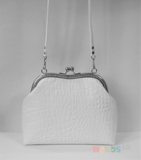 Купить Белая сумка Bonie из натуральной кожи, Кожаные, Повседневные, Женские сумки, Сумки и аксессуары ручной работы. Мастер Анна  (Anny-Bags) .