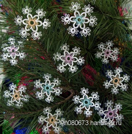 Купить Снежинки- малютки новогодние, Елочные украшения, Новый год, Подарки к праздникам ручной работы. Мастер Наталья Алексеева (n080673) . нитки хлопок