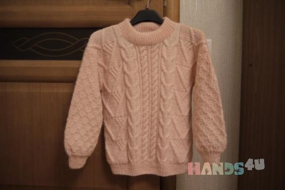 Купить Вязаный спицами свитер для девочки, Свитера, Кофты и свитера, Одежда ручной работы. Мастер Елена Плотникова (Elena1972) . вязаные свитера
