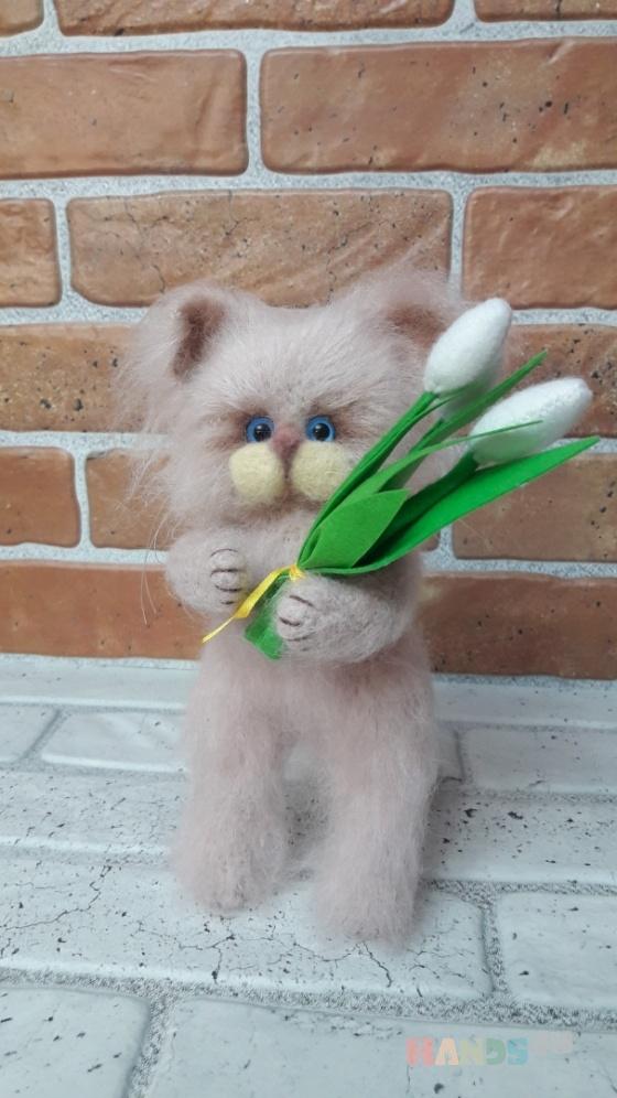 Купить Кот вязаный Спешу поздравить Вас, Коты, Зверята, Куклы и игрушки ручной работы. Мастер Анна Воробьева (Vorobyeva72-) . кот