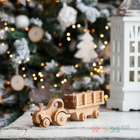 Купить Деревянный игрушечный трактор с прицепом, Техника, Куклы и игрушки ручной работы. Мастер Игорь Попопв (WoodGrandpa) . детские игрушки