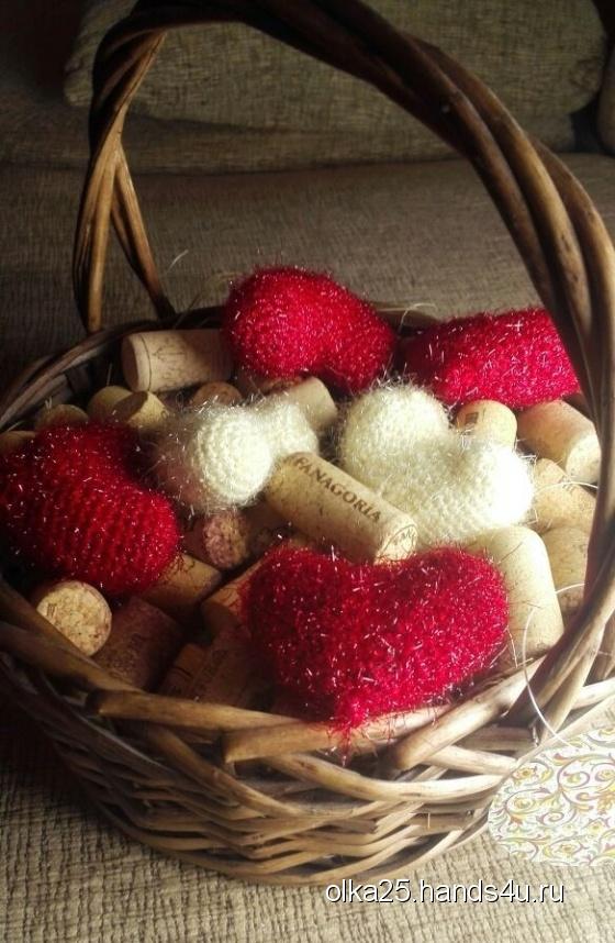 Купить Сердечки блестящие плюшевые, Сувениры и подарки ручной работы. Мастер Ольга Ершова (olka25) . 8 марта подарок