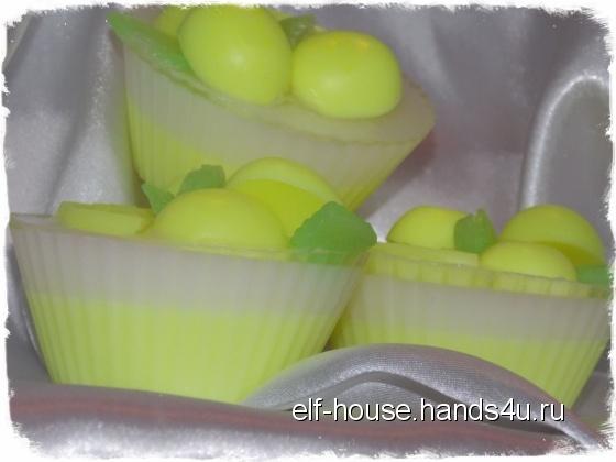 Купить Мыло ручной работы Лимонный кексик , Сувенирное, Мыло, Косметика ручной работы. Мастер Ирина Литвинова (Elf-House) .
