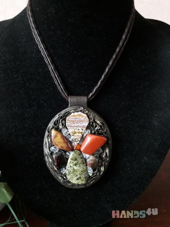 Купить Кожаный кулон с камнями  Соцветие, Кожаные, Кулоны, подвески, Украшения ручной работы. Мастер Гаянэ Марданова (cora01master) . большой кулон