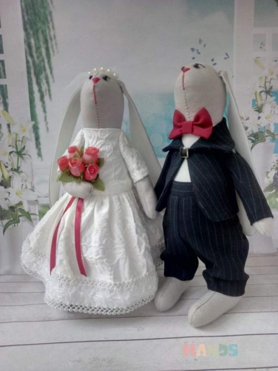 Купить ВЛЮБЛЕННЫЕ КРОЛИКИ, Куклы Тильды, Куклы и игрушки ручной работы. Мастер ЮЛИЯ ПЕРВУШИНА (YULIYAP) . свадебные зайцы