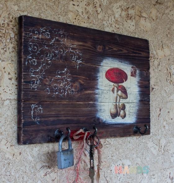 Купить Панно-ключница Мухоморчики, Ключницы, Прихожая, Для дома и интерьера ручной работы. Мастер Тамара Карпова (Tamara) . подарок на любой случай